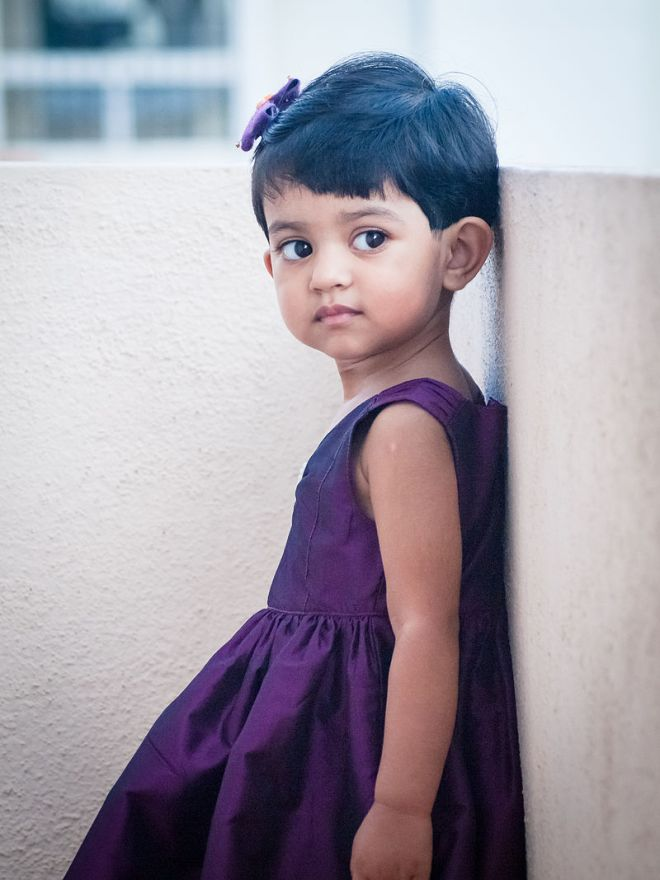 -1-_Girl_in_India,_October_2013