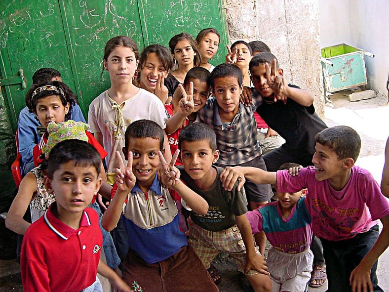 Palestinian_children_in_Jenin